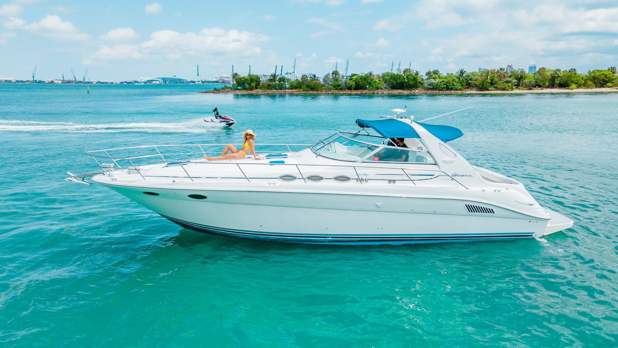 40 SeaRay Miami Luxury Boats
