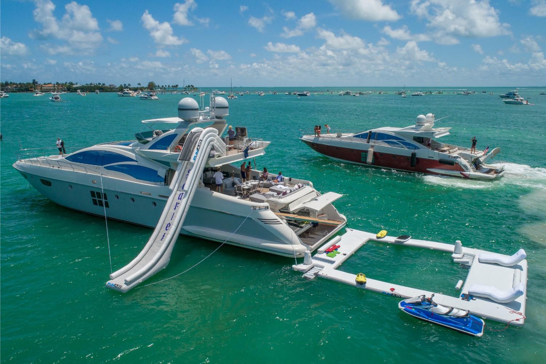 103' Azimut Luxury yacht Charters Miami 4